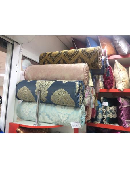 Цилиндрическая подушка на диван (вариант 08)